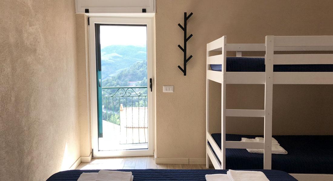 camera 3 Mariot b&b bed & breakfast Castelmezzano dolomiti lucane comfort riposo relax